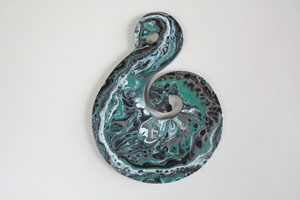 EWD Acrylic Fluid Painting Green Glitter Koru Hook th